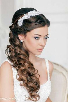 Beautiful Grecian hairstyle for long hair