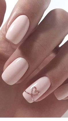 Semi-permanent varnish, false nails, patches: which manicure to choose? - My Nails Heart Nail Designs, Valentine's Day Nail Designs, Marble Nail Designs, Acrylic Nail Designs, Art Designs, Design Ideas, Nail Designs For Weddings, Natural Nail Designs, Neutral Wedding Nails