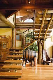 Resultado de imagem para casa com telhado de eucalipto tratado