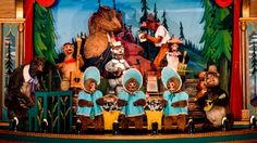 Have a knee-slappin' good time at Country Bear Jamboree starring a hilarious batch of singing bears at Magic Kingdom park in Walt Disney World Resort near Orlando, Florida. Disney Princess Facts, Disney Fun Facts, Disney World Attractions, Disney World Resorts, Dumbo The Flying Elephant, Walt Disney Imagineering, Punk Disney, Creepy Disney, Country Bears