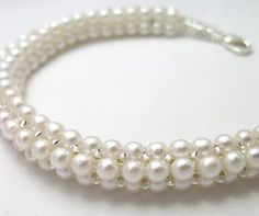 Pretty Pearl Necklace, on Craftsy