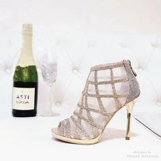 Fashion-forward bridal booties from Resarah Wedding Shoes with sparkly details! » Praise Wedding Community