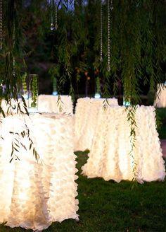 Wedding lights – Outside wedding – Outdoor wedding – Wedding decorations – Garden wedding – Dr - Modern Outside Wedding, Our Wedding, Dream Wedding, Wedding Summer, Trendy Wedding, Rustic Wedding, Lakeside Wedding, Sunset Wedding, Wedding Tips