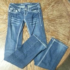 Blue Asphalt size 3 jeans Blue Asphalt jeans with white stitching. Size 3. In great condition. Slight worn at the heals, see pics. Blue Asphalt Jeans Straight Leg