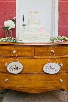 This Lovely, Rustic Wedding Is So Pinterest-Worthy #refinery29