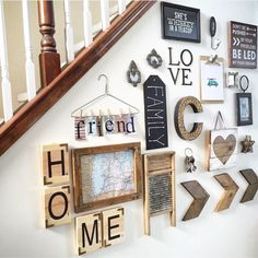 Wall collage decor ideas to have the best rustic gallery wall picture wall collage wall collage Rustic Decor, Farmhouse Decor, Country Wall Decor, Farmhouse Bench, Farmhouse Interior, Country Farmhouse, Kitchen Interior, Modern Farmhouse, Rustic Gallery Wall