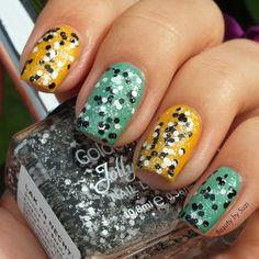 Golden Rose Jolly Jewels, 123 #nailart #nails #polish #mani - Share/explore more nail looks at bellashoot.com!
