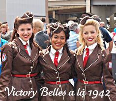 Victory Belles at the World War II Museum. My friends Mandi, Chase, and Courtney!! Can you believe I may be a future one of these?!?!?!? SO EXCITED.