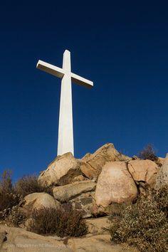 Cross at the Summit of Mt. Rubidoux, Dedicated to Father Junípero Serra - Riverside, California  #mtrubidoux #cross #JuniperoSerra