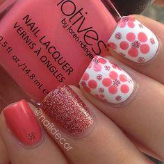 Cute combination polka dots, nailart, spring nails, color, pink nails, flower nails, nail arts, nail design, flowers