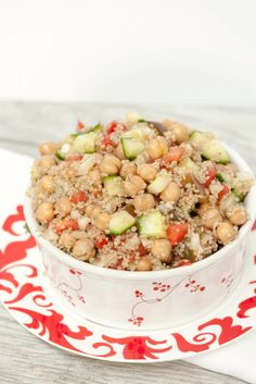 Mediterranean Quinoa Chickpea Salad - Low Calorie, Low Fat Healthy Side Dish Recipe for Dinner