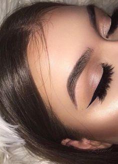 Pinterest @jaelynstlewis ✨ Makeup   Eyelashes   Highlight