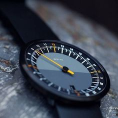 Simply your life and see your day at a glance with the UNO 24 one-handed watch by Botta. :@robertkbaggsphotography Find it here: http://ift.tt/2dYGS1e Get yours today at Watches.com