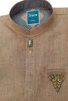 Gents Kurta Design, Boys Kurta Design, Mens Shalwar Kameez, Kurta Men, Designer Suits For Men, Designer Clothes For Men, Gents Suits, Banded Collar Shirts, Kurta Style