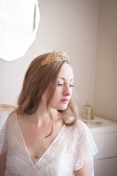 Edwardian leaf tiara, vintage style tiara, gold leaf tiara, silver leaf tiara, Greek goddess, German tiara, gold flower crown, boho halo