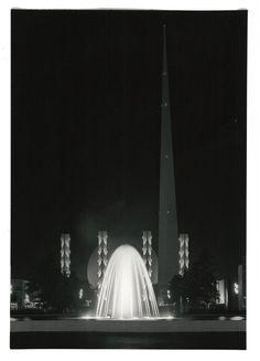 1939 World's Fair. Theme Center 65 Foot Pylons Plaza of Light. Sculptor Carl Jennewein, decorative figures