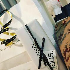 #domingo HO HO HO!! #atchristmas Hoy abrimos los regalos con @kylieminogue #navidad #papanoel #santaclaus #olentzero