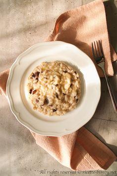 Risotto al radicchio Bimby • Ricette Bimby Risotto, Hummus, Oatmeal, Breakfast, Ethnic Recipes, Food, Gourmet, The Oatmeal, Morning Coffee