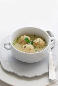 Canederli - un piatto tipico della tradizione ampezzana ereditato la periodo passato sotto la dominazione austro-ungarica