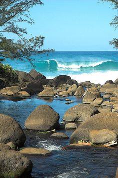 Na'apali coast   Hawaii