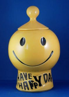 Reminds me of my Mom's house!Have a Happy Day!  McCoy vintage smiley face cookie jar