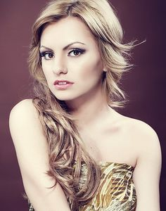 See Alexandra Stan pictures, photo shoots, and listen online to the latest music. Alexandra Stan, Beautiful People, Most Beautiful, Beautiful Women, Stan Love, Me As A Girlfriend, Eye Color, Music Artists, My Girl