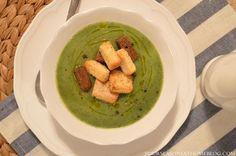 Supă cremă de praz, broccoli și spanac cu crutoane de casă. Guacamole, Broccoli, Mexican, Ethnic Recipes, Food, Kitchens, Essen, Meals, Yemek
