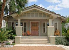 Stupendous 8 Exterior Paint Colors To Help Sell Your House Exterior Colors Largest Home Design Picture Inspirations Pitcheantrous