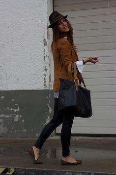 Fashion-Avenue by Adriana: Rain