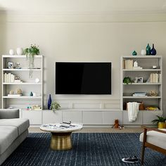 Living Room Built Ins, Living Room Tv, Living Room Ideas Tv Wall, Family Room Walls, Tv Built In, Built In Tv Wall Unit, Media Wall Unit, Built In Media Center, Diy Built In Shelves