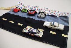 Auto's erin, opvouwen, oprollen en klaar!
