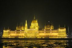 Parliament of Hungary and the partly frozen Danube, Budapest.