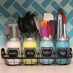 Easy Tips to Organize the Kitchen - Pretty painted and labeled mason jars as a cooking utensil holding caddy via hometalk #kitchenorganization #kitchenhacks #kitchentips #kitchenideas #organizationtips #organization #organizationideas