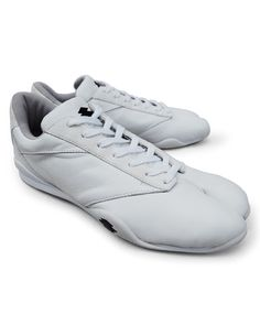 "Split-toe Shoes, ""Flying Heron"""