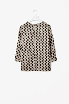 Patterned jacquard top