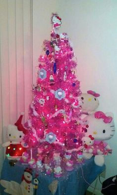 This is the first thing that I want for Christmas. It is a Hello Kitty Christmas Tree Hello Kitty Christmas Tree, Pink Christmas Tree, Noel Christmas, Christmas Decorations, Xmas Tree, Tree Decorations, Hello Kitty Halloween, Navidad Hello Kitty, Hello Kitty Rosa