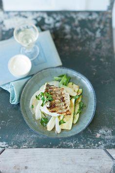 Gemüse mit Zander vom Grill | http://eatsmarter.de/rezepte/gemuese-mit-zander-vom-grill