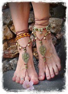 Fashion bohemian jewelry , ankles- http://www.justtrendygirls.com/bohemian-fashion-jewelry/