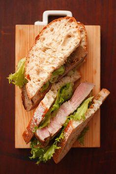 豚肩ロースのサンドイッチ