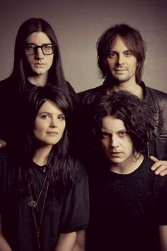 Jack White, Alison Mosshart, Jack Lawrence and Dean fertita (The dead weather) Jack White, Meg White, 00s Music, Indie Clothing Brands, Remus And Sirius, Alison Mosshart, The Legend Of Heroes, The White Stripes, Shades Of White