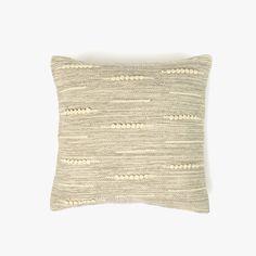 Capa de Almofada Juliet Natural 45 x 45 cm | referência 82877930 | A Loja do Gato Preto | #alojadogatopreto | #shoponline Juliet, Throw Pillows, Natural, Pillow Covers, Black, Colors, Bedspreads, Blinds, Quilts