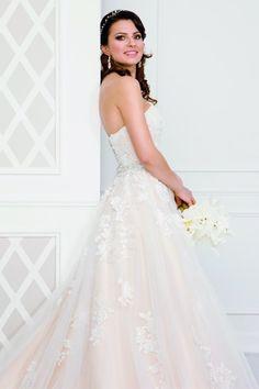 Le Moos Models, Bride, Wedding Dresses, Vintage, Collection, Fashion, Dress Wedding, Marriage Dress, Princess