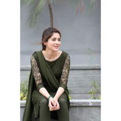 Women S Fashion Dresses Online Refferal: 7499476550 Pakistani Fashion Casual, Pakistani Dress Design, Pakistani Dresses, Kalamkari Dresses, Salwar Dress, Frock Dress, Salwar Suits, Anarkali, Simple Kurta Designs