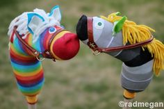 radmegan: in words and pictures: DIY: Sock Hobby Horses. Cute for DIY kid gifts! Sewing Projects, Craft Projects, Craft Ideas, Fun Ideas, Stick Horses, Hobbies For Couples, Leather Scraps, Animal Sewing Patterns, Sock Toys