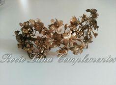 Golden bridal headpiece, tocado novia, invitadas..