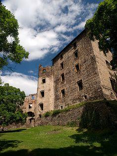Świny Castle, Lower Silesia | < 335° PL (90 PL! = 30%) zero  https://de.pinterest.com/monikabilak/polska/