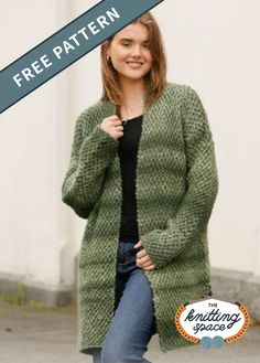 Moss Print Knitted Long-Jacket Craft this effortlessly chic knitted jacket ideal for lounging around the house and staying cozy this winter. This easy . Winter Knitting Patterns, Free Knitting Patterns For Women, Double Knitting Patterns, Knit Patterns, Knit Cardigan Pattern, Jacket Pattern, Easy Knitting Projects, Knitting Ideas, Knitted Jackets Women