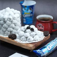 No photo description available. Candy Recipes, Cookie Recipes, Dessert Recipes, Desserts, Oreo Cookies, Yummy Cookies, Resepi Cookies, Indonesian Food, Indonesian Recipes