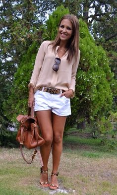 Look: Camisa + Short Branco