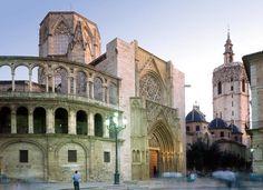 Una interesante foto de Catedral de Santa María de Valencia, en nuestro barrio de La Seu